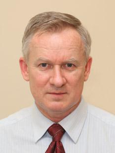 specjalista neurochirurg dr Andrzej Kozłowski
