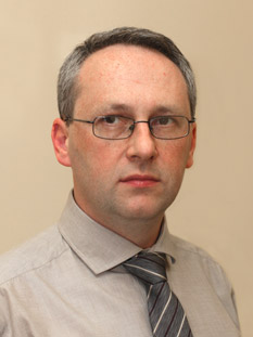 specjalista neurochirurg drn.med.PawełPiekarski